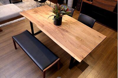 at will(アットウィル)ダイニングテーブル(耳付き)[200×90×72cm] 1枚目画像 天板素材:ウォールナット/脚形状:スチール