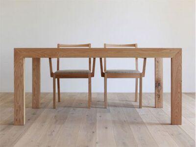 HIRASHIMA(ヒラシマ)CARAMELLA(カラメッラ) ダイニングテーブル 1枚目画像 素材:オーク材
