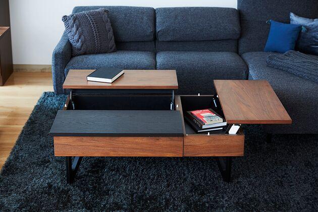 L-DUE(エル-デュエ)ローテーブル 天板を上げるとソファに座って作業をしやすい高さに