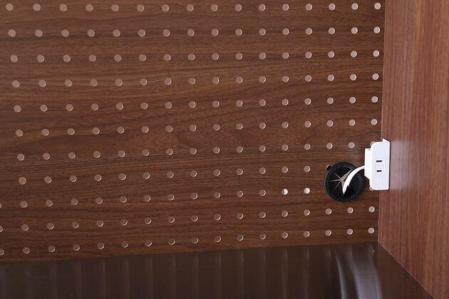 LUCIDO(ルシード)120/105オープンダイニングボード ウォールナット色 コード周りをスッキリと見せます。
