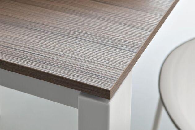 Calligaris (カリガリス) BARON(バロン) 伸長式 ダイニングテーブル 本来の木の質感を楽しめる突板天板