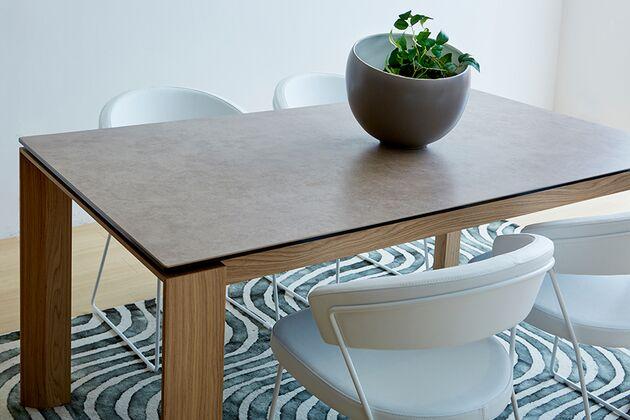 Calligaris (カリガリス) OMNIA(オムニア)  セラミック天板のダイニングテーブル OMNIA(オムニア)