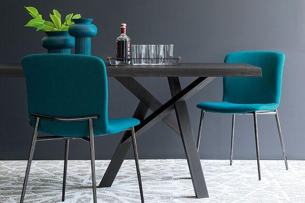 Calligaris (カリガリス) JUNGLE(ジャングル) ダイニングテーブル 天板カラー:P15L マットブラック / 脚カラー:P15L マットブラック