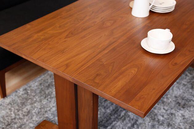 WEBB(ウェッブ)ローダイニングテーブル(WN) 天板形状:角面 シンプルで合わせやすい形状です