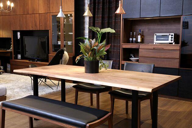 at will(アットウィル)ダイニングテーブル(耳付き)[200×90×72cm] モダンな空間にも溶け込むデザインです