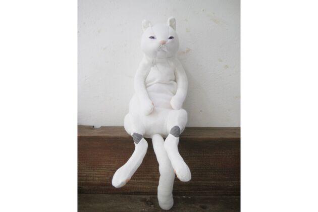 猫ぬいぐるみ カラー:ホワイト