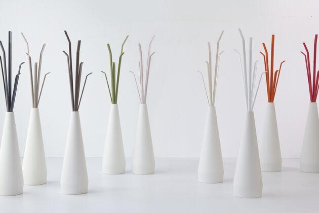 KADOU コートハンガー フックカラー(左から):アントラシートグレー/ダブグレー/ブラウン/グリーン/パウダーピンク/アイボリー/ホワイト/オレンジ/レッド