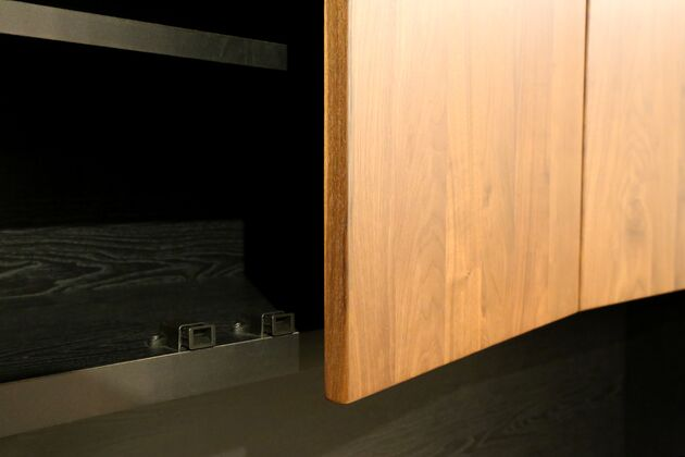 オーダーできるテレビボードユニット プッシュラッチ式扉